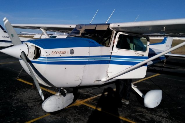 cessna-172-skyhawk-flying-aviation-private-pilot